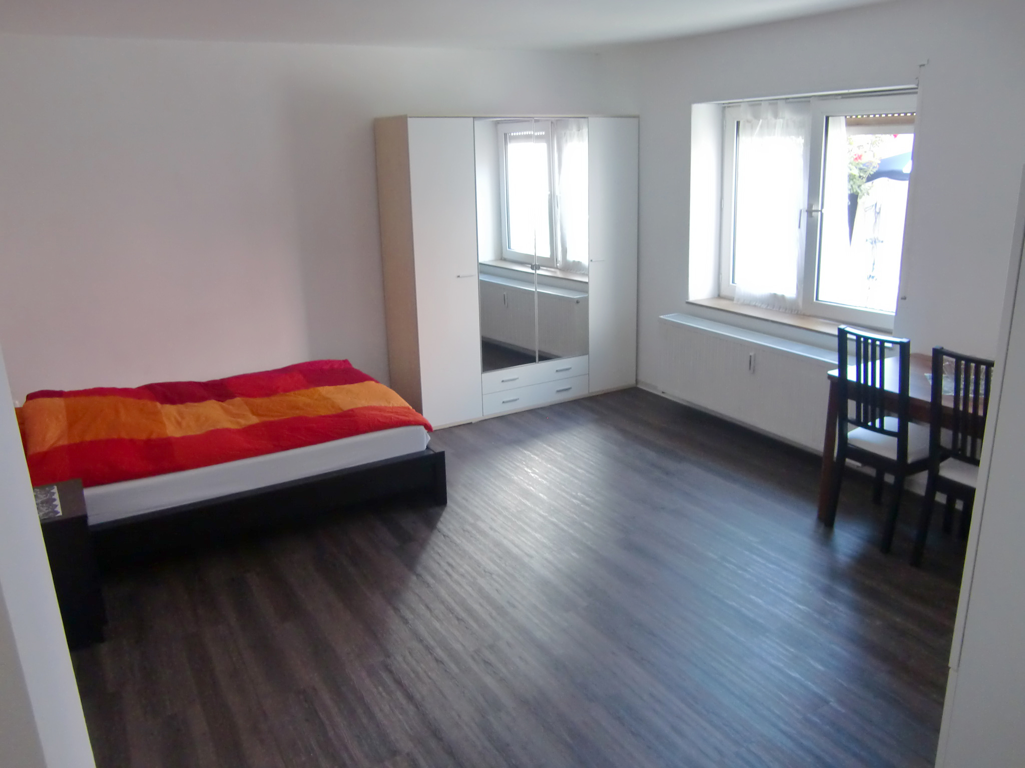 unterkunft in mannheim. Black Bedroom Furniture Sets. Home Design Ideas